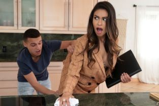 Katana Kombat, Johnny The Kid I'm Trying To Sell A House! [Best of Brazzers]