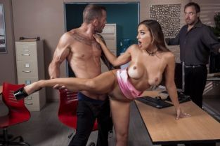 Abigail Mac, Scott Nails First Impressions Are Important [Best of Brazzers]