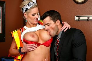 Ramon Nomar, Zoey Holiday Cat Calling Cooch [Best of Brazzers]