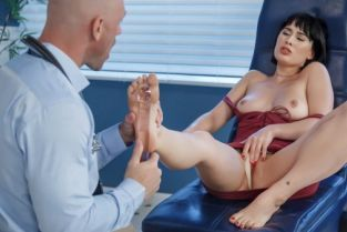 Johnny Sins, Olive Glass Arch Support [Best of Brazzers]