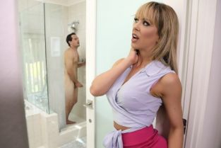 Cherie Deville, Tyler Nixon Sneaking Around With Her BFF's Son [Best of Brazzers]