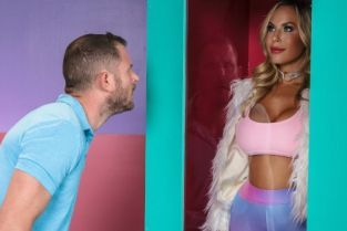 Olivia Austin, Scott Nails All Dolled Up: Gonzo Edition [Best of Brazzers]