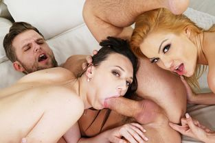 GirlsRimming - Cherry Kiss, Isabella Della Three is a Couple