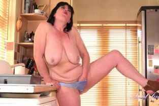 AuntJudys - Janey Janey Cleans the Kitchen, Then Celebrates with Her Pussy